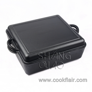 Cast Iron Square Dutch Oven